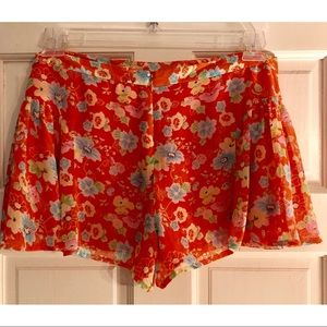 Free People Shorts - Free People-Size 8 Coral & Floral Shorts🌸🌺🌼